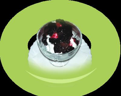 Кисело мляко с боровинки или ягоди